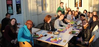 Groupe Paris - Le repas
